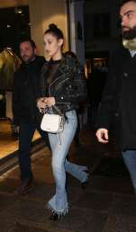 Bella-Hadid--Shopping-in-Paris--03