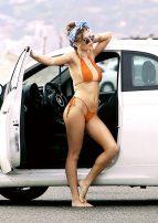 Bella-Thorne--Bikini-Photoshoot-2016--35-768x1086
