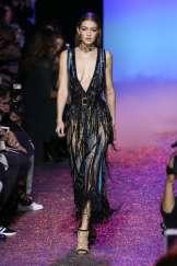 gigi-hadid-elie-saab-ss17-womenswear-show-14