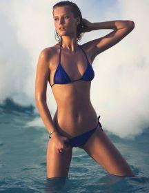 toni-garrn-topless-sexy-12